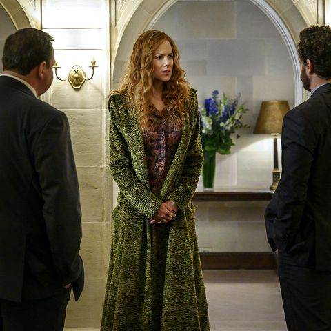 the undoing season 1, grace in one of her coats