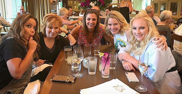 The View Star Sara Haines Gets Lit With Paula Faris And Other Co Hosts Ahead Of Exit