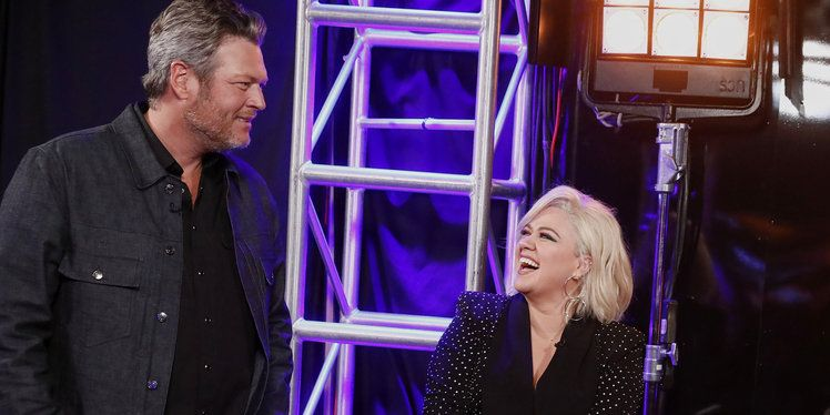 'The Voice' Fans Fact-Checked Kelly Clarkson After Her Argument With Blake Shelton