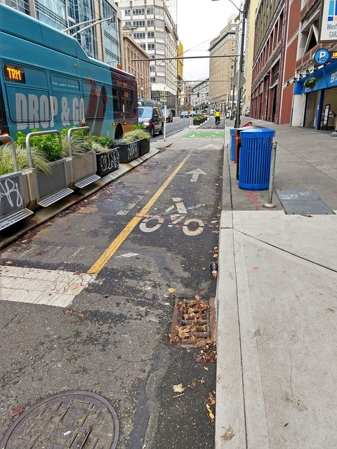 db32bd54ad Bicycling magazine named Seattle its best bike city last year