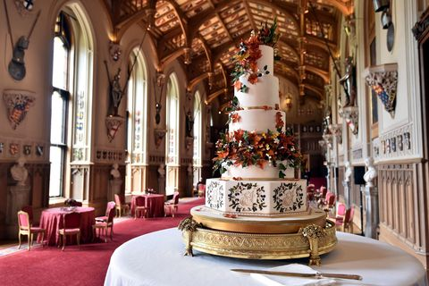 Princess Eugenie And Jack Brooksbank S Red Velvet Royal Wedding Cake