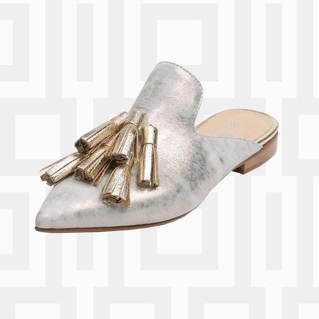 Footwear, Boot, Shoe, Beige, High heels, Durango boot, Riding boot, Knee-high boot, Leg, Cowboy boot,