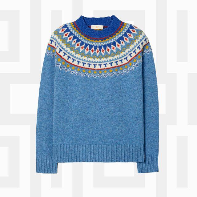 Clothing, Outerwear, Footwear, Fashion, Shoe, Sleeve, Jacket, Style, Sweater,