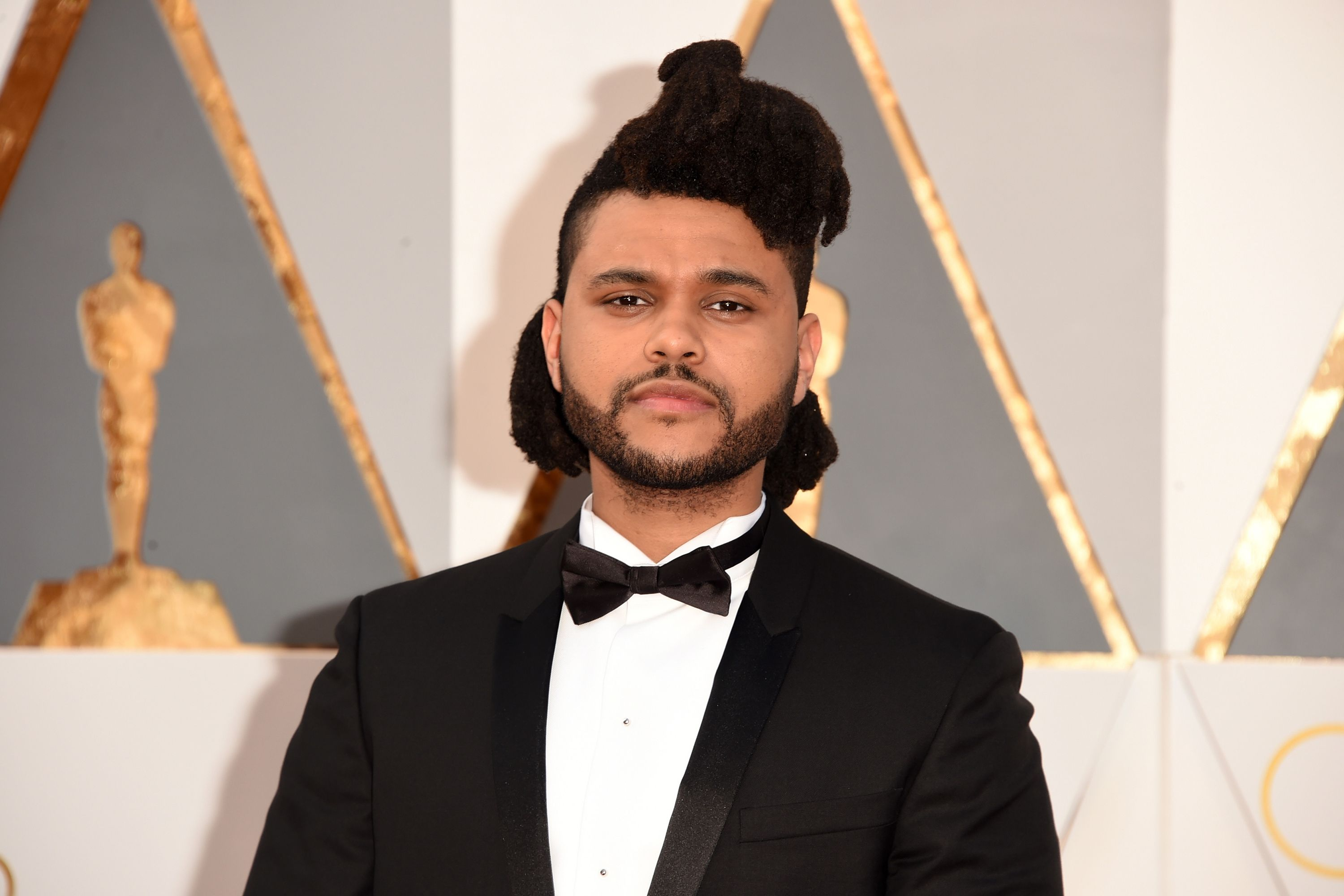 56a1f37a1ebd The Weeknd cuts ties with H M over