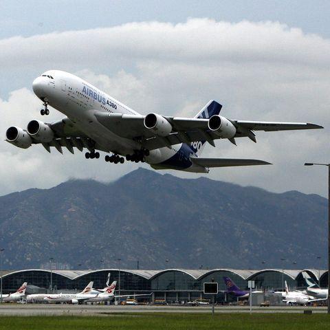 The world's largest passenger plane, Air