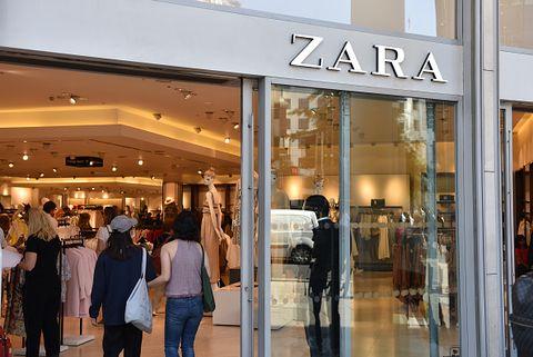 1c86016ac68ec Estos son los mejores días para comprar en las rebajas de Zara ...