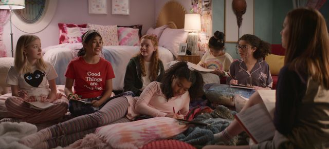 the baby sitters club l to r shay rudolph as stacey mcgill, kyndra sanchez as dawn schafer, vivian watson as mallory pike, anais lee as jessi ramsey, momona tamada as claudia kishi, malia baker as mary anne spier, and sophie grace as kristy thomas in episode 202 of the baby sitters club cr courtesy of netflix © 2021
