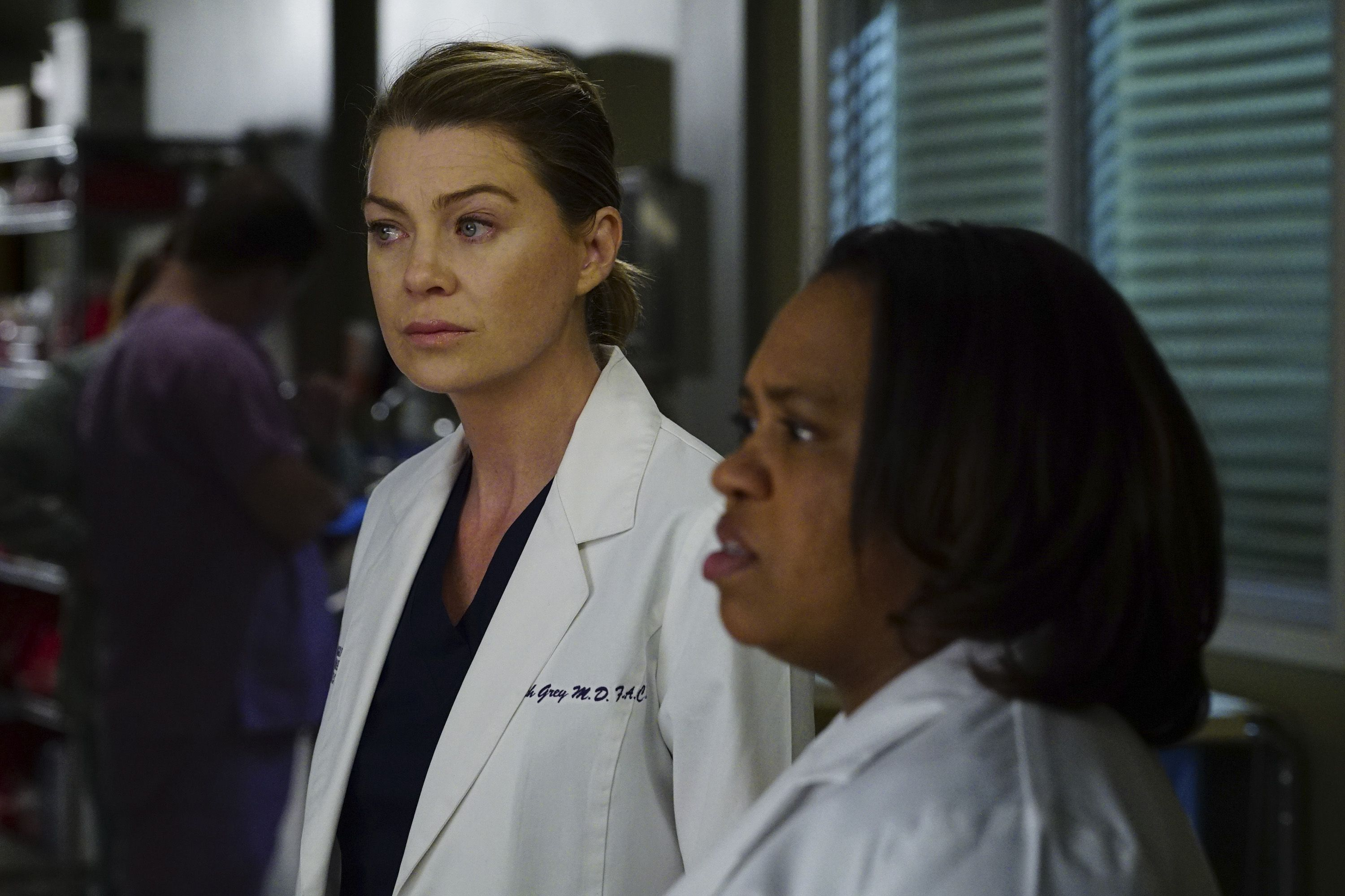 'Grey's Anatomy' Fans Are Worried Bailey Will Betray Meredith on Tonight's Episode