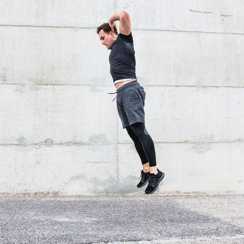 全身の筋肉強化,効果,バーピー,トレーニングメニュー,正しいやり方,