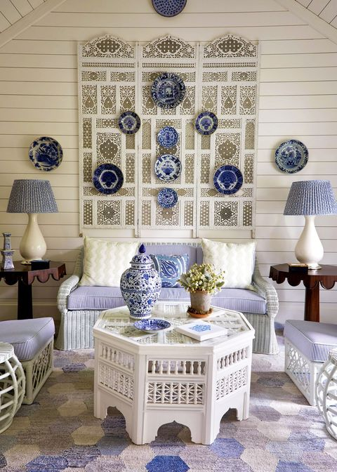 Blue and white porcelain, Blue, Room, Living room, Porcelain, Interior design, Furniture, Wall, Table, Coffee table,