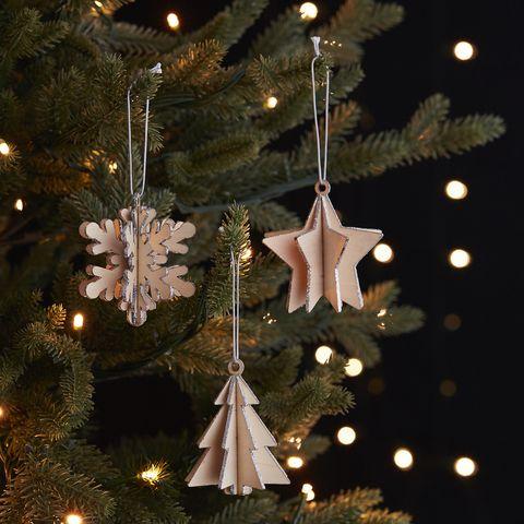 Event, Christmas decoration, Christmas tree, Christmas ornament, Christmas, Holiday, Holiday ornament, Christmas eve, Midnight, Christmas lights,