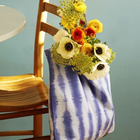 blue tie dye bag with flowers