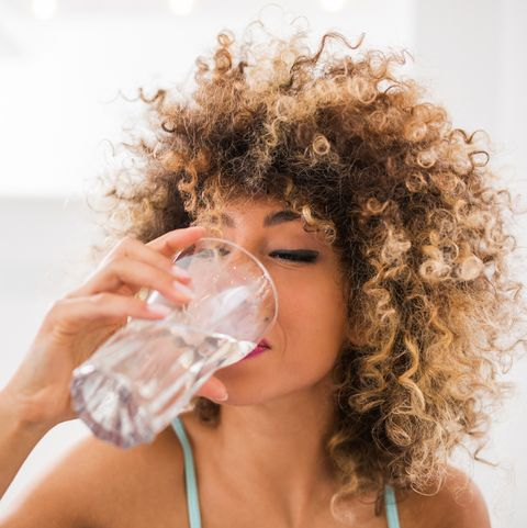 Why Am I So Thirsty? – 10 Surprising Reasons for Unquenchable Thirst
