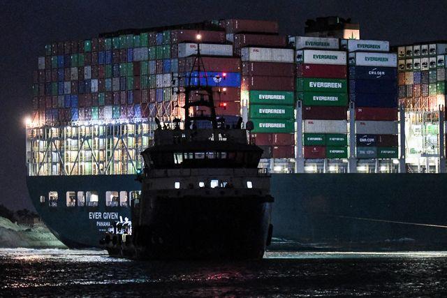 topshot egypt transport suez canal