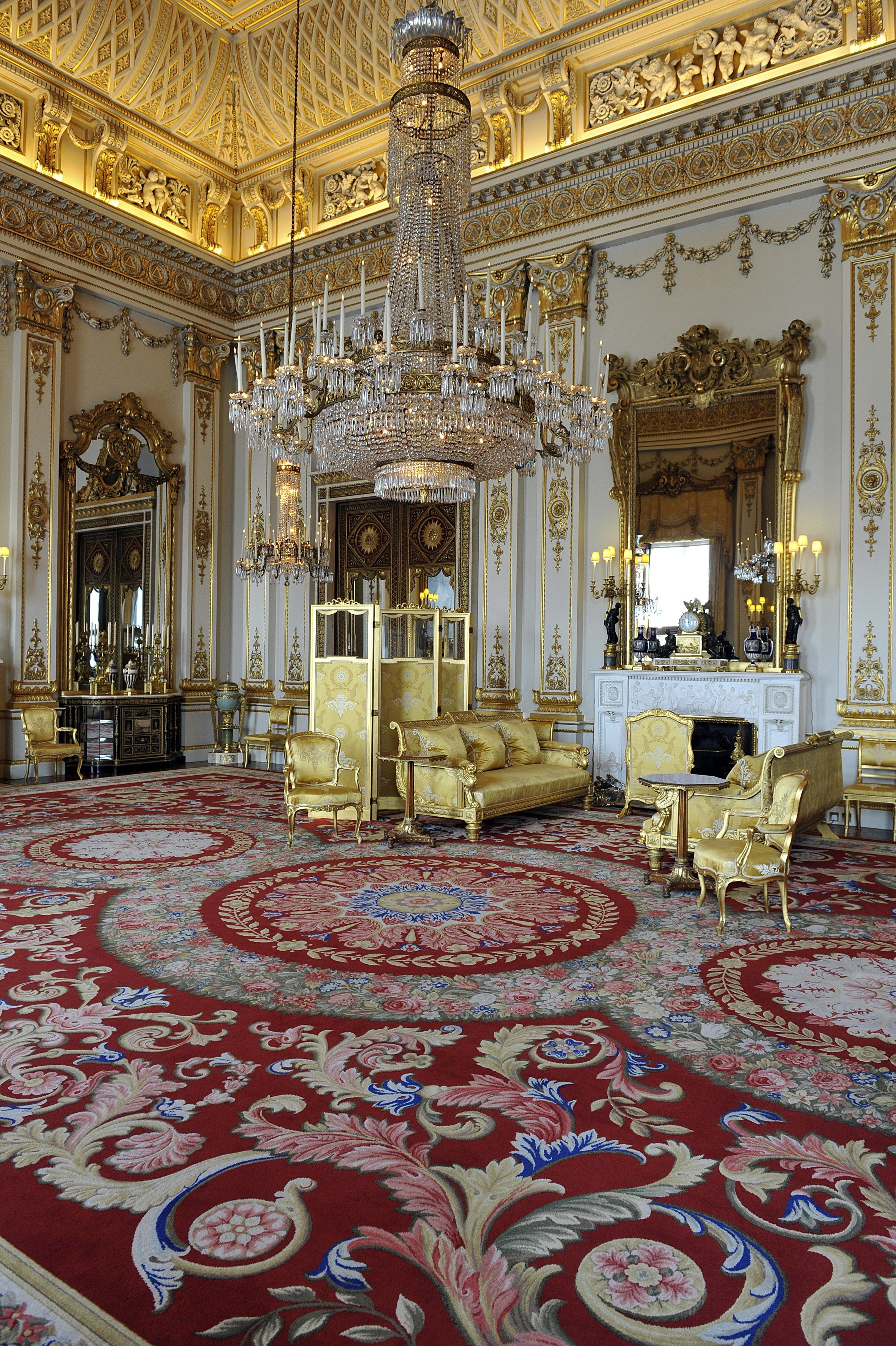 This is what Buckingham Palace would look like with a modern interior makeover
