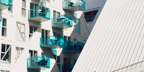 Architecture, Building, Property, Facade, Mixed-use, Urban design, House, Line, Apartment, Residential area,