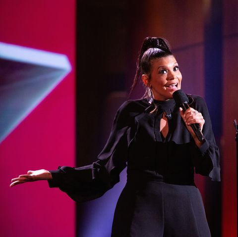 Performance, Entertainment, Performing arts, Singing, Music artist, Orator, Event, Singer, Public speaking, Song,