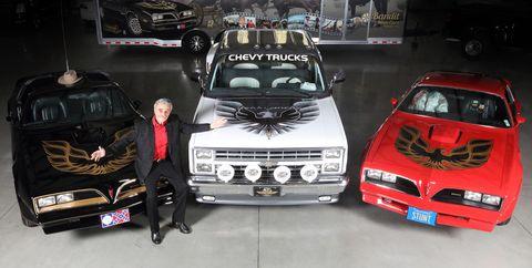 Land vehicle, Vehicle, Car, Personal luxury car, Automotive design, Custom car, Sedan, Performance car, Hood, Coupé,