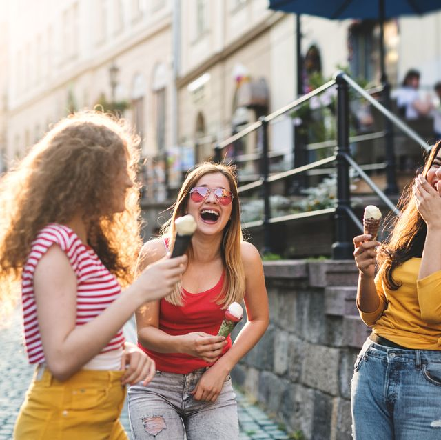Drie-vriendinnen-op-vakantie