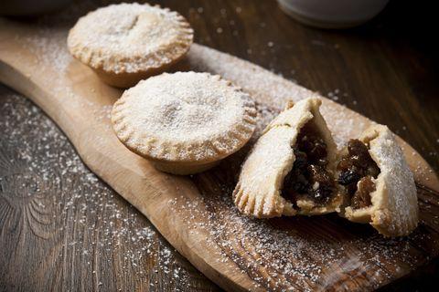 three mince pies.