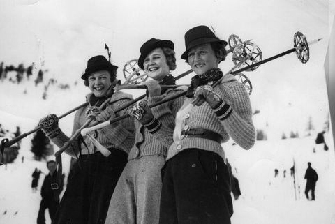 Musical instrument, String instrument, Winter sport, Folk instrument, Snow, Skiing,