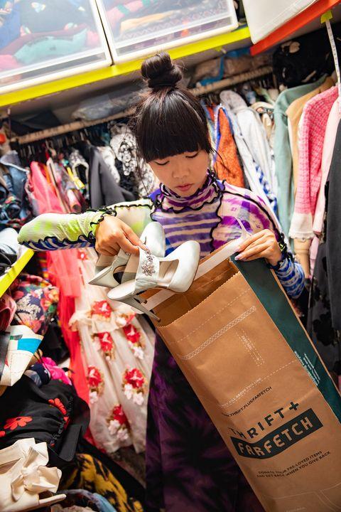 Selling, Public space, Snapshot, Market, Marketplace, Bazaar, Shopping, Street, Flea market, Textile,