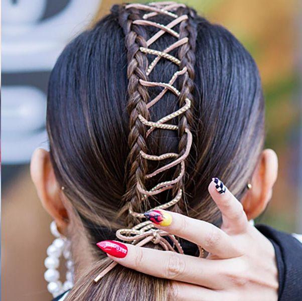Hair, Headpiece, Hairstyle, Hair accessory, Head, Headband, Fashion accessory, Forehead, Long hair, Headgear,