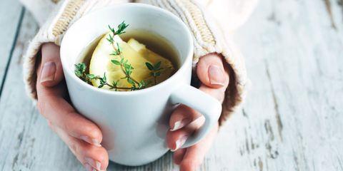 Food, Dish, Cuisine, Ingredient, Cup, Soup, Vichyssoise, Recipe, Leek soup, Caldo de pollo,