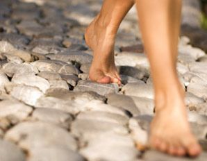 0f3ab49804e29b Barefoot Walking  How to Do It Safely without Injury