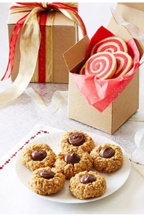 thumbprintcookies-chocolatepeanutbutterthumbprints