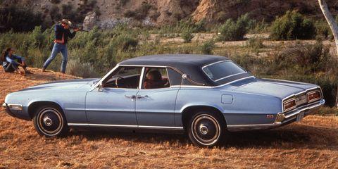 Land vehicle, Vehicle, Car, Motor vehicle, Full-size car, Coupé, Sedan, Classic car, Personal luxury car, Hardtop,