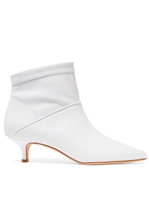 86d2bee0dbc 10 best white boots to buy for autumn 2018 – How to wear white boots