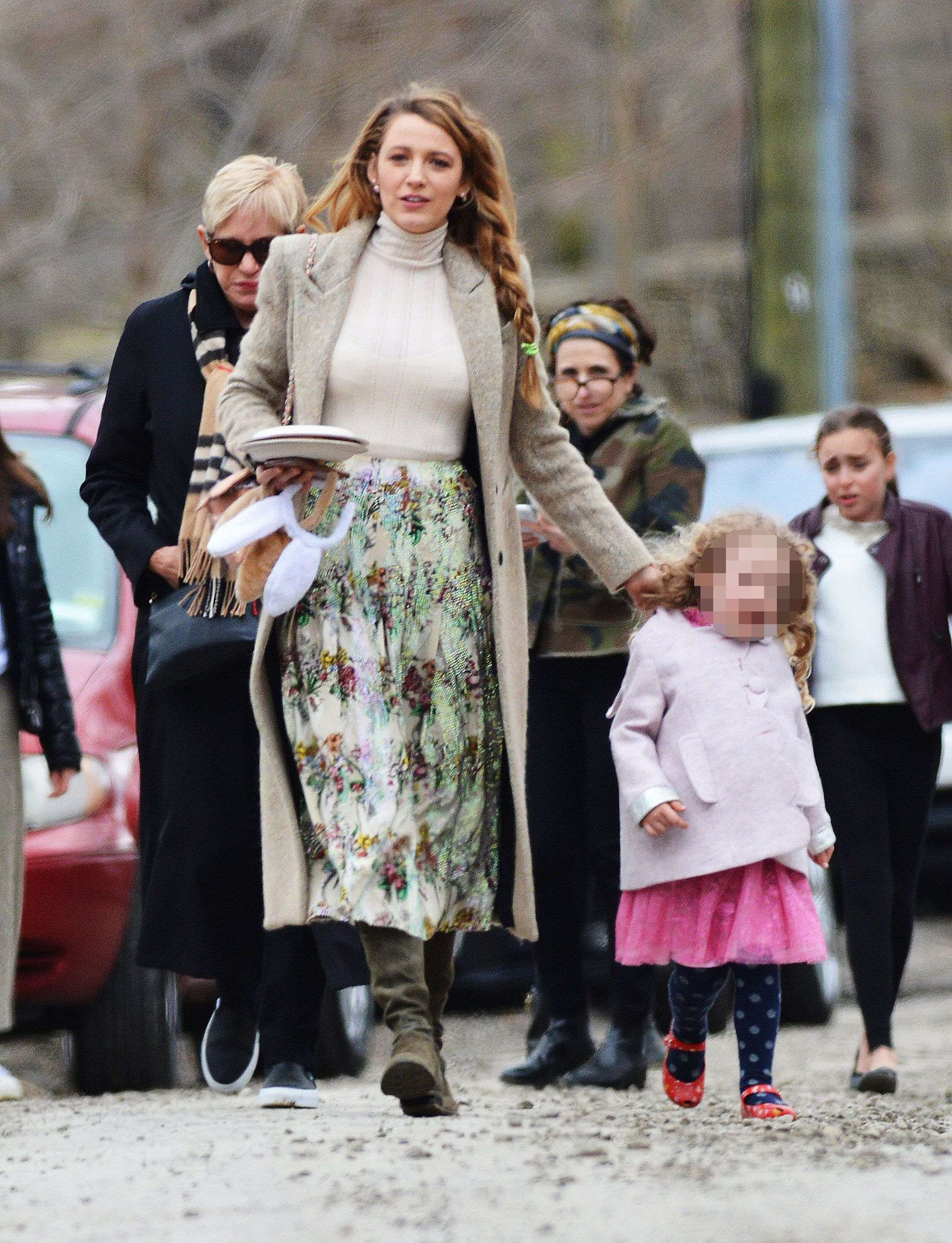 blake lively and daughter james go to martha stewart's easter party