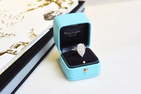 Product, Turquoise, Fashion accessory, Technology, Turquoise, Jewellery, Engagement ring, Electronic device, Gadget,
