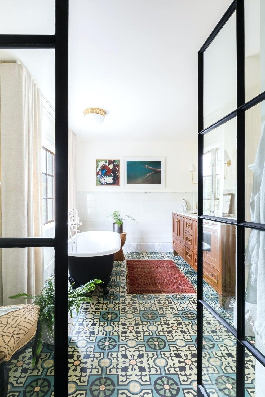 Bathroom Tile Ideas & 33 Bathroom Tile Design Ideas - Unique Tiled Bathrooms