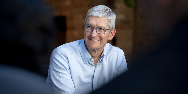 Apple CEO Tim Cook Worked in an Aluminum Factory Before Leading One of the Greenest Tech Companies