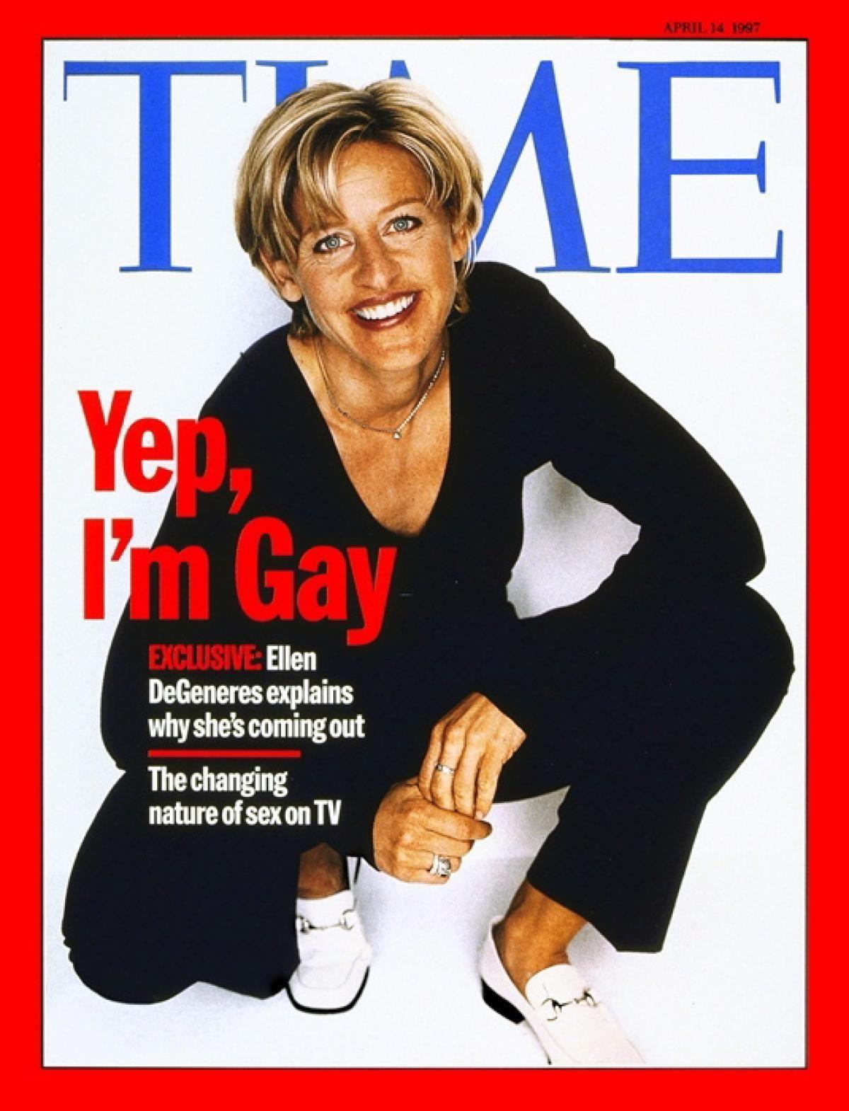 cinghia enorme su lesbiche