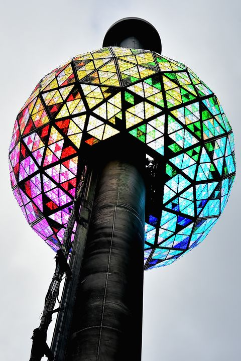 times square new year's eve 2017   philips ball test