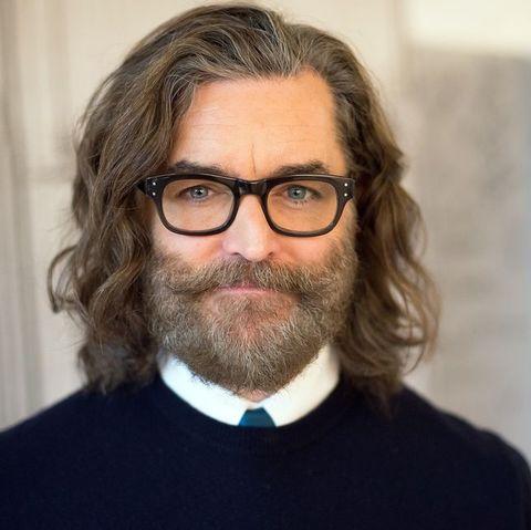 Hair, Facial hair, Beard, Face, Moustache, Glasses, Chin, Eyewear, Forehead, Vision care,