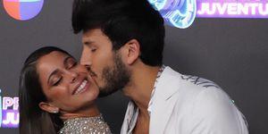 Tini Stoessel y Sebastian Yatra amor en los 'Premios Juventud'