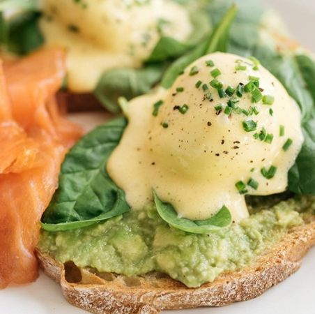 Dish, Food, Cuisine, Breakfast, Ingredient, Meal, Smoked salmon, Brunch, Poached egg, Eggs benedict,