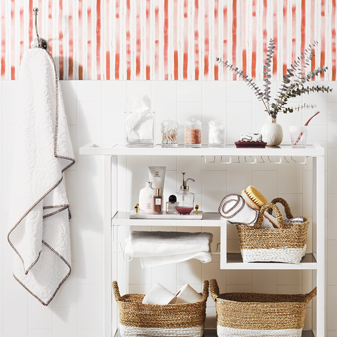 Smart Storage Ideas to Make the Most of a Small Bathroom