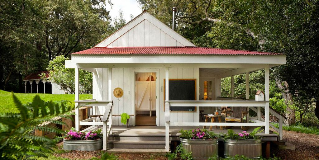 Strange You Can Actually Buy A Tiny House On Amazon And Build It In A Day Home Interior And Landscaping Oversignezvosmurscom