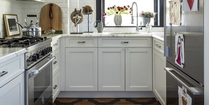 small kitchens & Small Space Decorating Ideas - Small Apartments and Room Design Tips