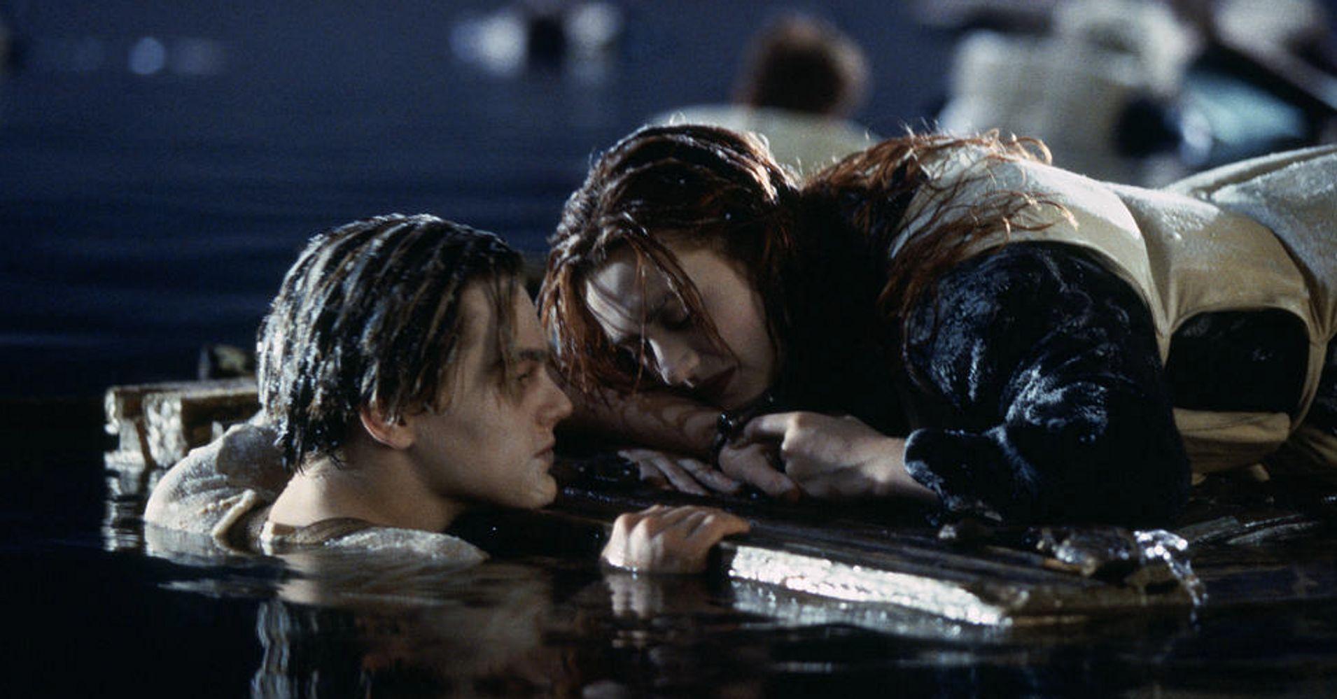 Brad Pitt y Margot Robbie preguntan a DiCaprio sobre 'Titanic'
