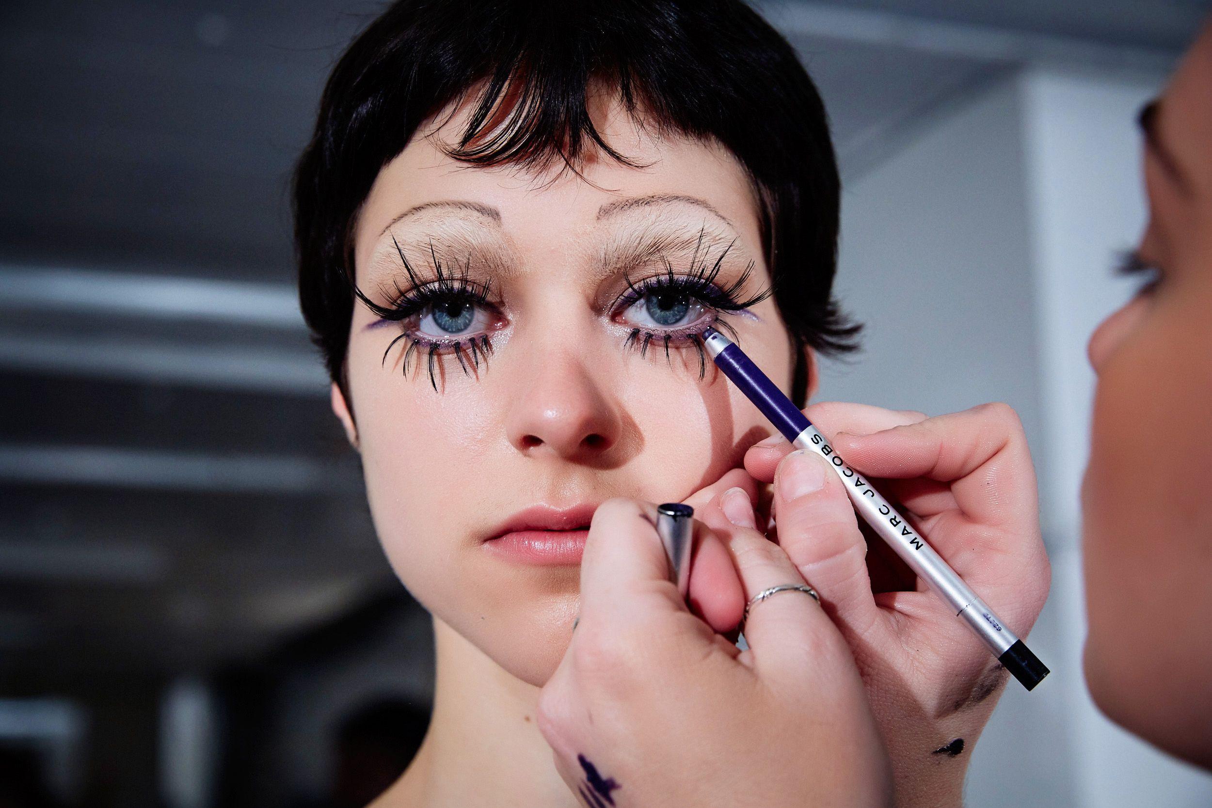 Euphoria Inspired Halloween Makeup Ideas Straight From The Runway