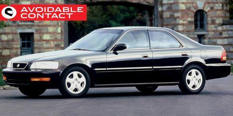 Land vehicle, Vehicle, Car, Sedan, Alloy wheel, Honda legend, Full-size car, Luxury vehicle, Automotive design, Mid-size car,