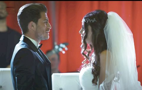 cinar y yesim se casan
