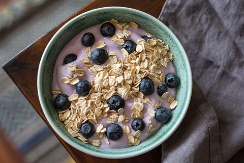 toasted oats and yogurt with blueberries