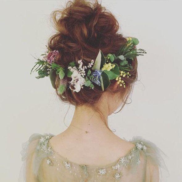 instagramで見つけた! ガーデン婚に似合う、小花が可憐なbohoヘア8選